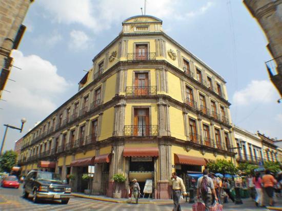 Hotel Frances, Dave Millers Mexico, Guadalajara