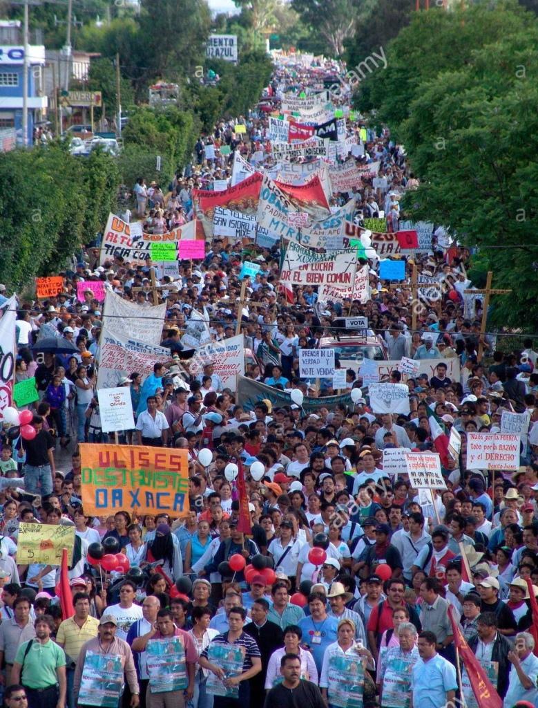 Oaxaca Mega March 2006